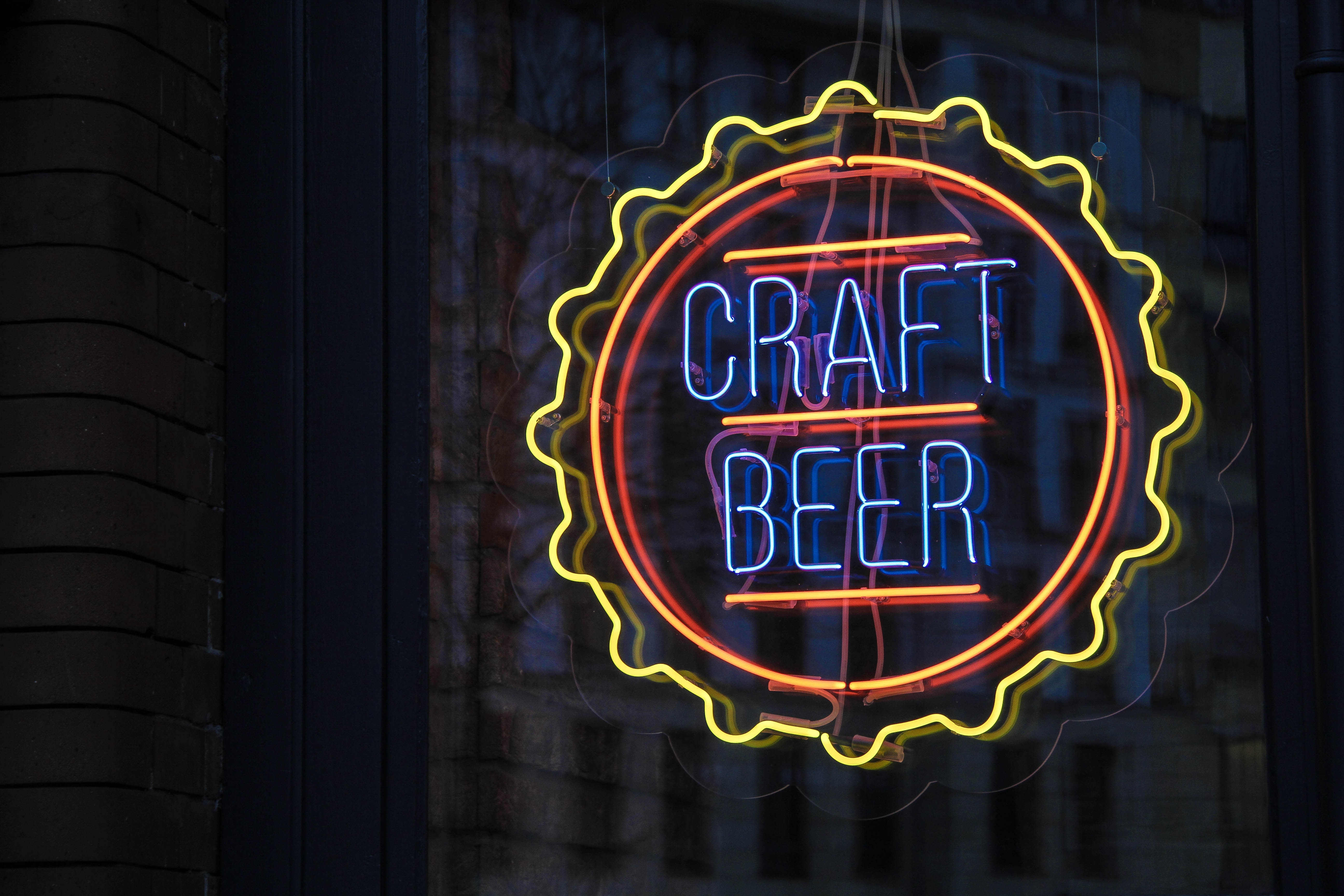 Craft beer tap neon